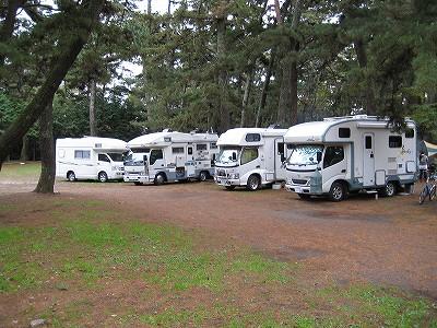 4家族とキャンプ