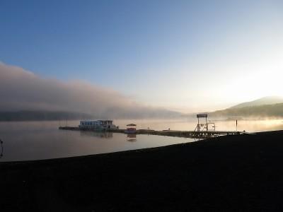 朝の山中湖