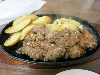 リブサイコロステーキ