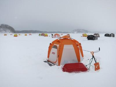 桧原湖氷上