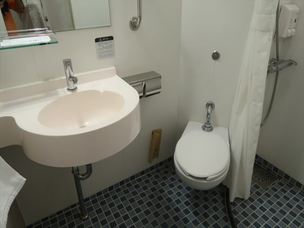 1等室のトイレ