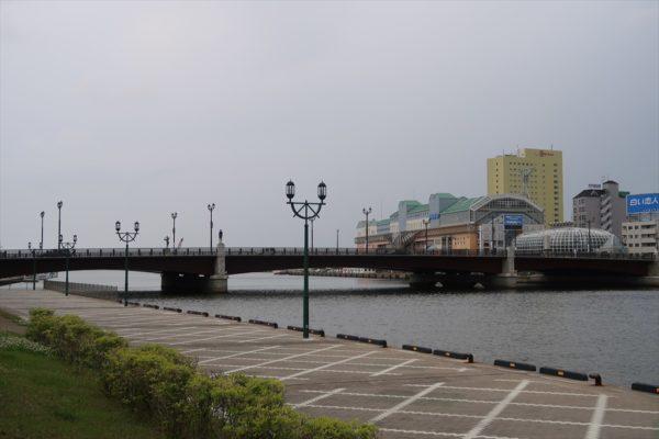 幣舞橋(ぬさまいばし)