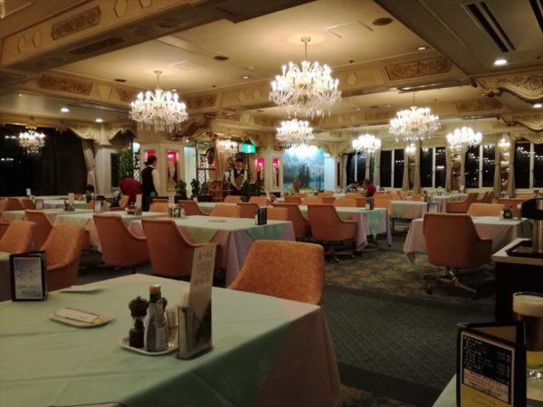 聚楽 夕食会場
