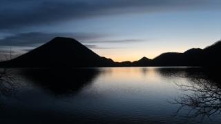 榛名湖の朝焼け