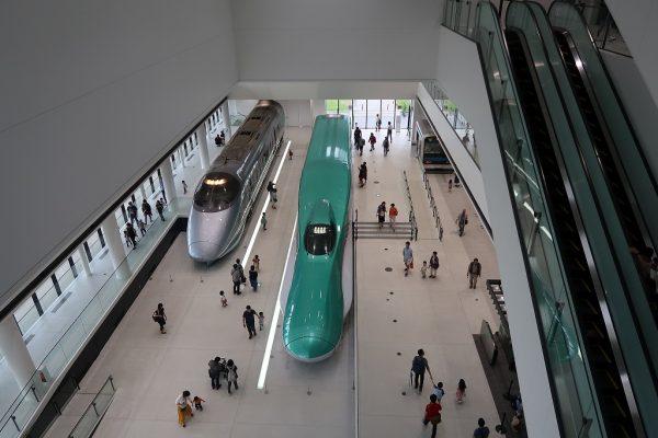 E5系、400系新幹線